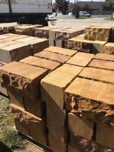 mauersteine aus sandstein 20x20x40